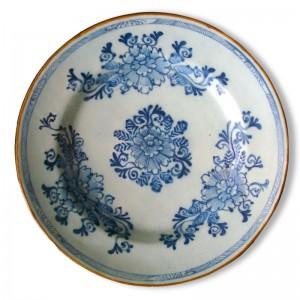Assiette Delft restaurée